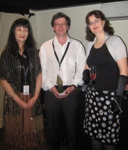 Fans june Young & Simon Litton with GoH, Trudi Canavan, at the Sir Julius Vogel Award party